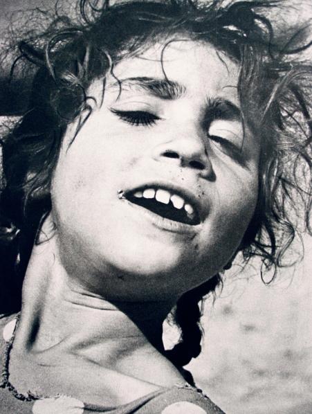 Roma girl in Granada 1954